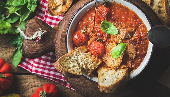 italiaanse tomaten soep